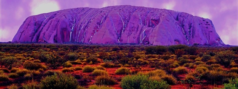 Perché Ayers Rock cambia colore?